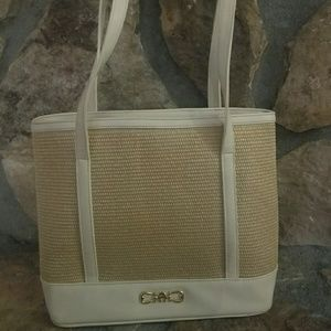 CLEARANCE LADIES!#EtienneAigner Straw Shoulder Bag